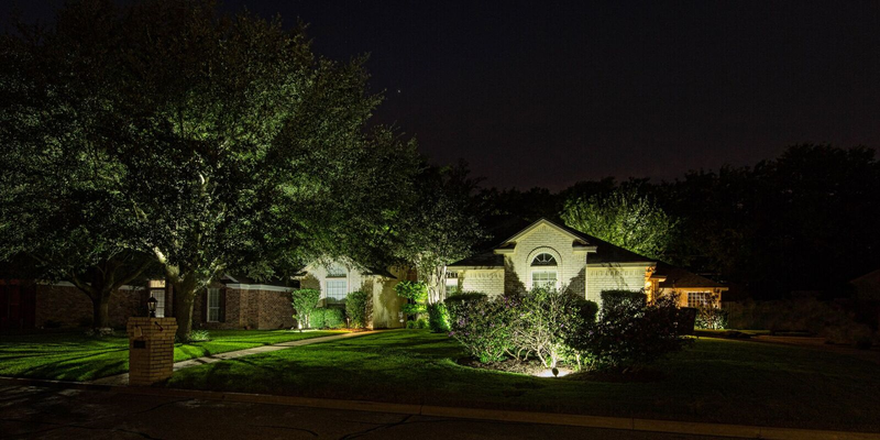 Outdoor up lighting and landscape lighting